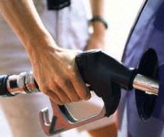 Do Gasoline Prices Go Up Before Long Weekends?